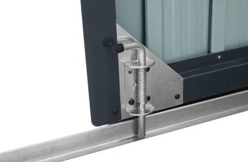 The internal bolt lock on the three bin store