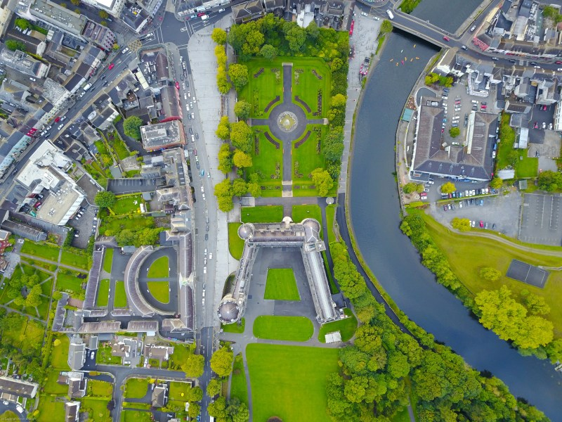 An aerial, overhead view of Kilkenny Castle by photographer Kevin B Leigh