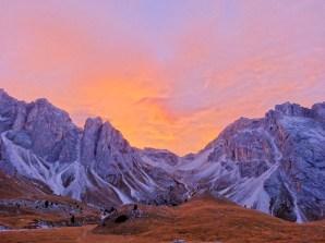 Sonnenaufgang am Sass Rigais und der Furchetta