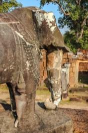 Elefanten auf dem äußeren Mauerring