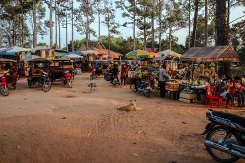 Auch verdursten und verhungern muss man in Angkor nicht