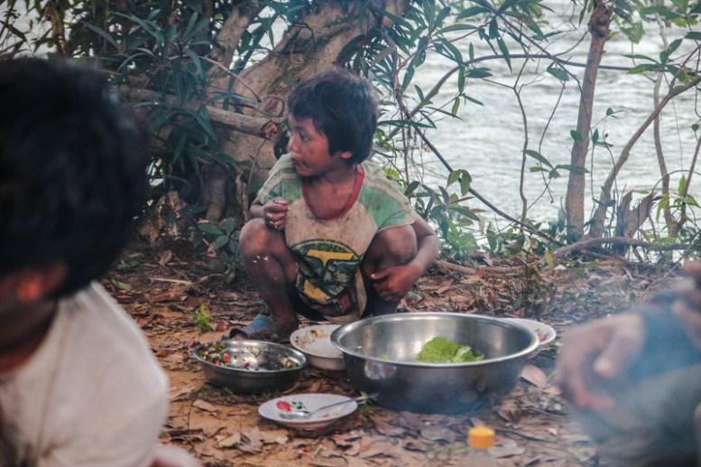 Kinder aus Taveng