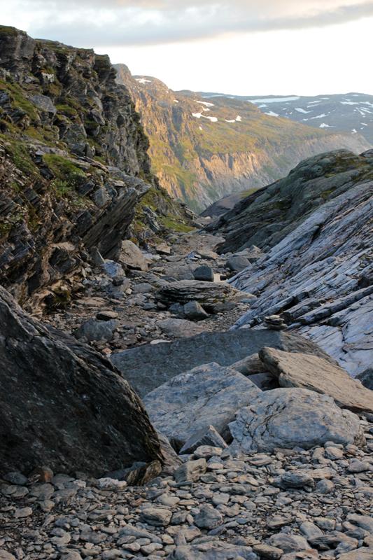 Felsformationen kurz vor der Trolltunga