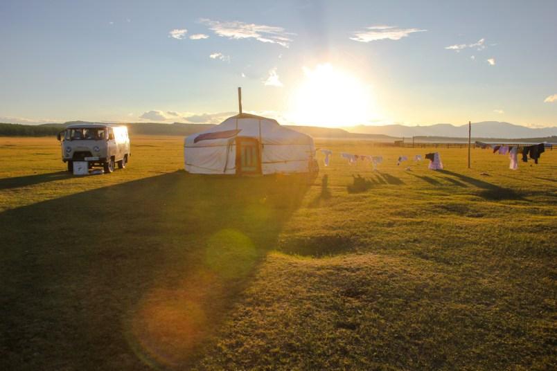 Unsere Jurte im Sonnenuntergang