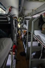 Im Inneren des Erlian-Peking Sleeper Bus