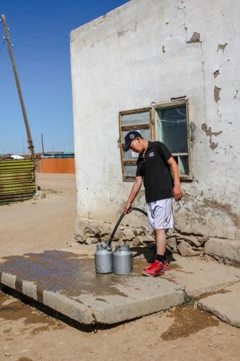Wassertankstelle in Mandalgov