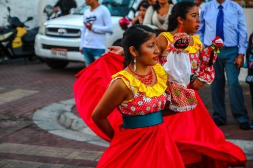 Tanz in Puerto Ayora