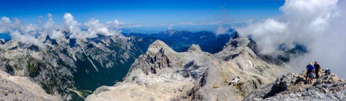 Blick vom Triglav zur Triglavhütte