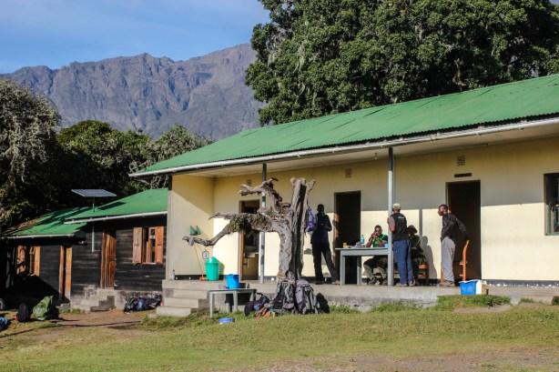 Miriakamba Hütte