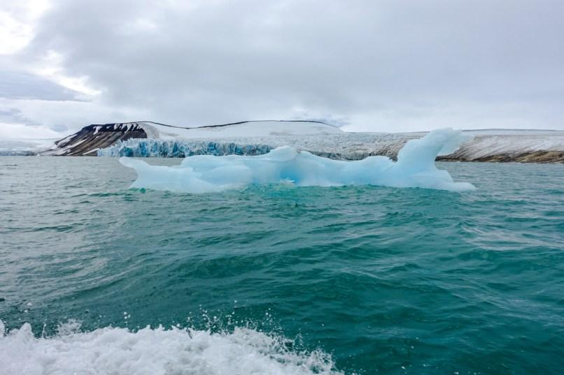 Eisschollen in der Palanderbukta