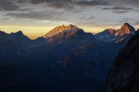 Blick auf den Watzmann im Sonnenuntergang