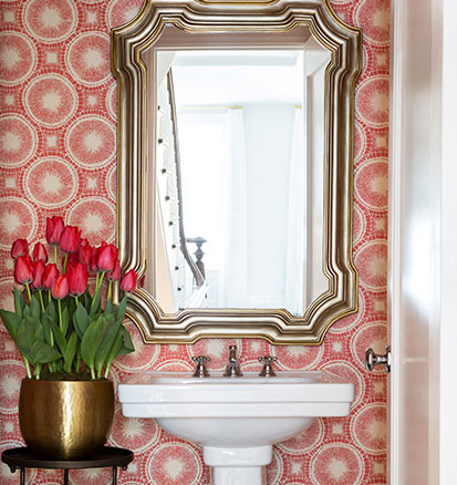 Small Spaces: Powder Room