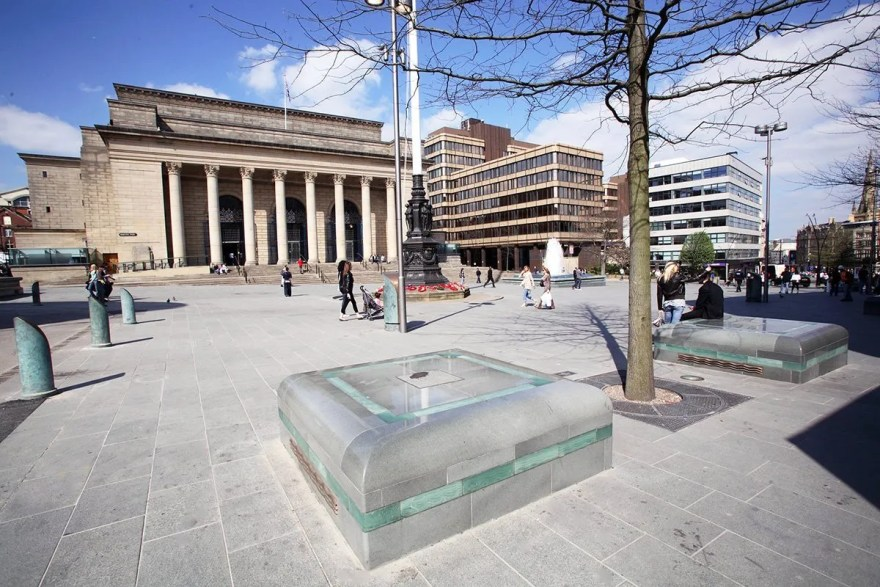 Barkers Pool and Sheffield City Hall