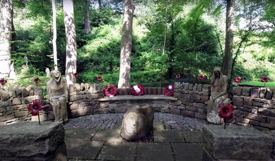 War Memorial at Storrs Wood, Storrs Lane