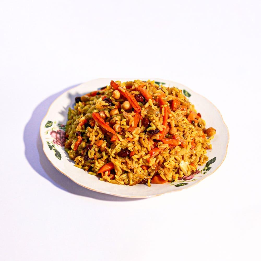 אורז עם צימוקים גזר וחומוס