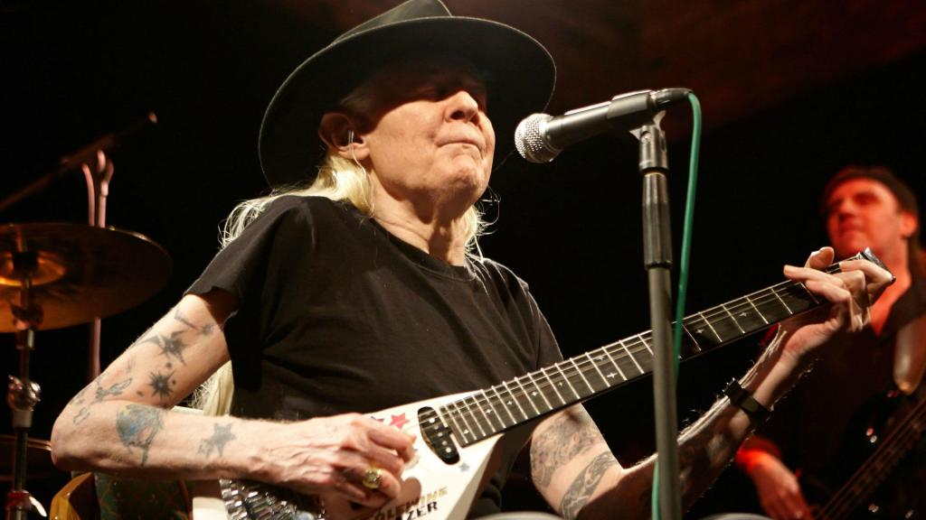 21/04/2018· johnny guitar is bringing a truly retro dining experience to a modern diner. Guitar legend Johnny Winter dies at 70 - SheKnows
