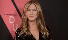 Jennifer Aniston Joins Instagram (Finally!) With an Epic 'Friends' Reunion Photo