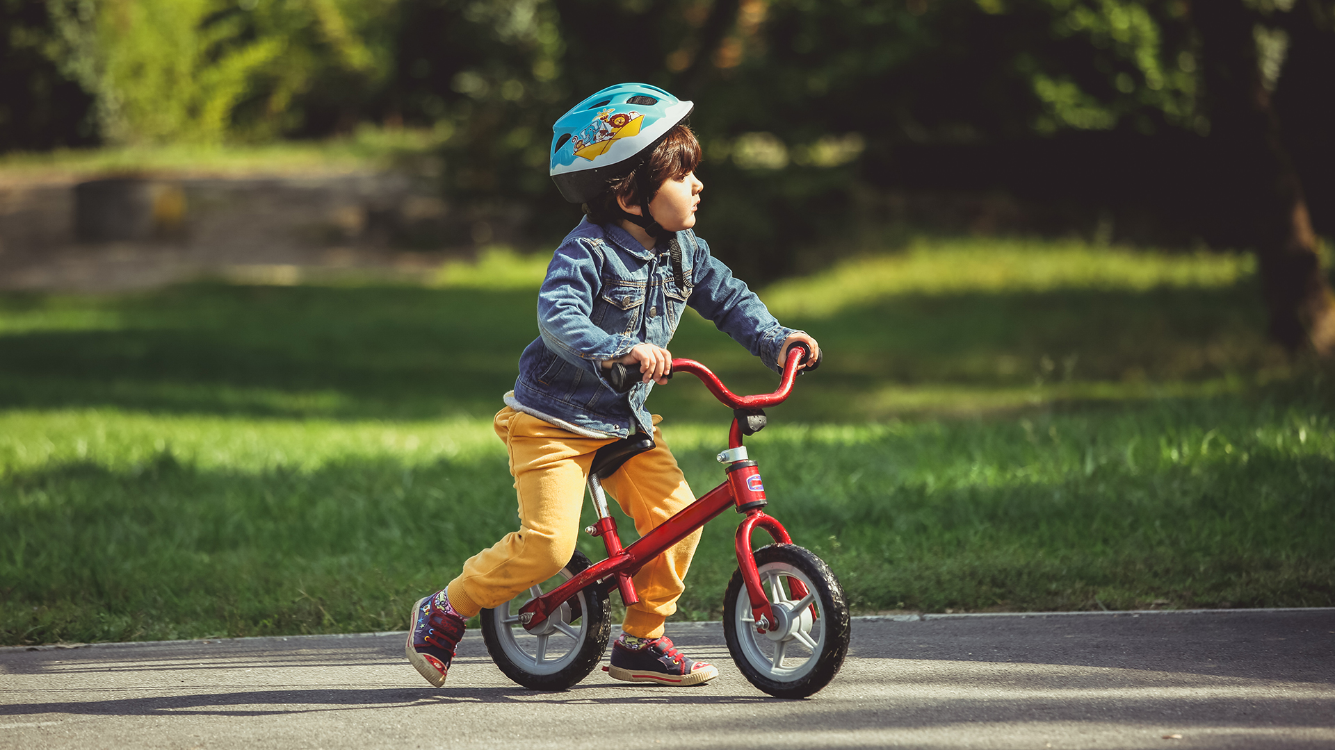 They'll Feel Safe Riding These Balance Bikes for 3-Year-Olds