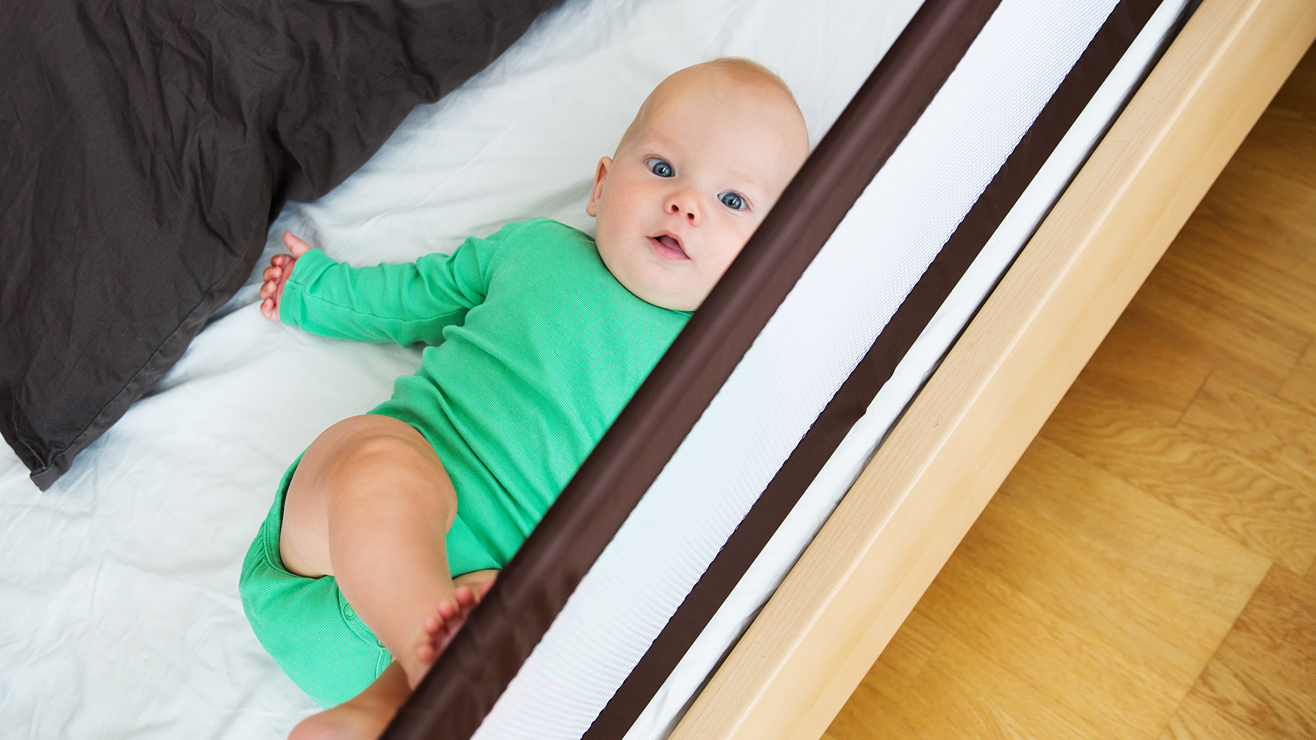 Sturdy Bed Rail Guards for Kids to Keep Them Safe While Sleeping