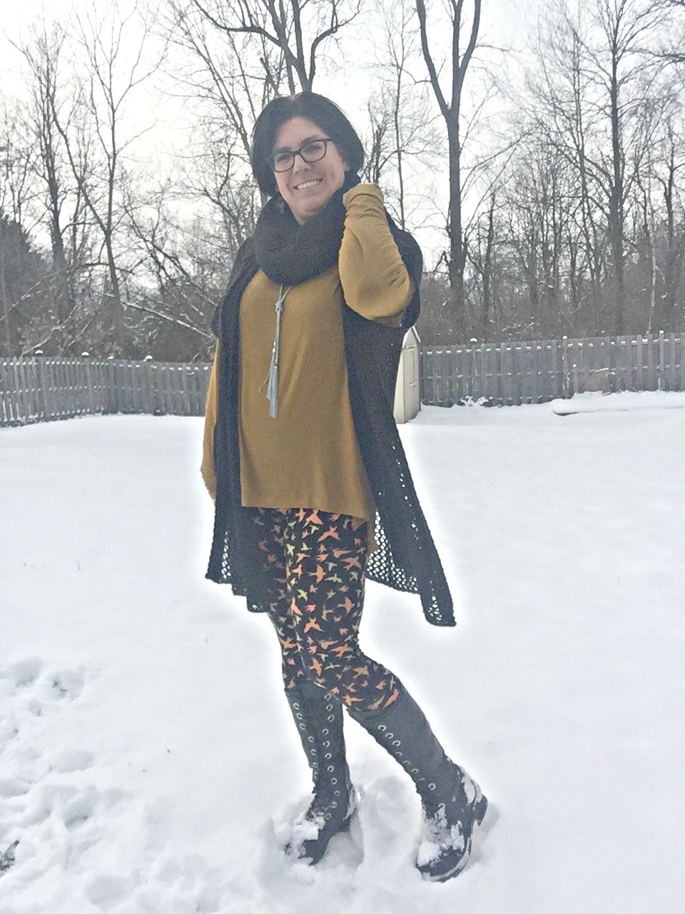 LulaRoe Leggings and Link Up On the Edge #26