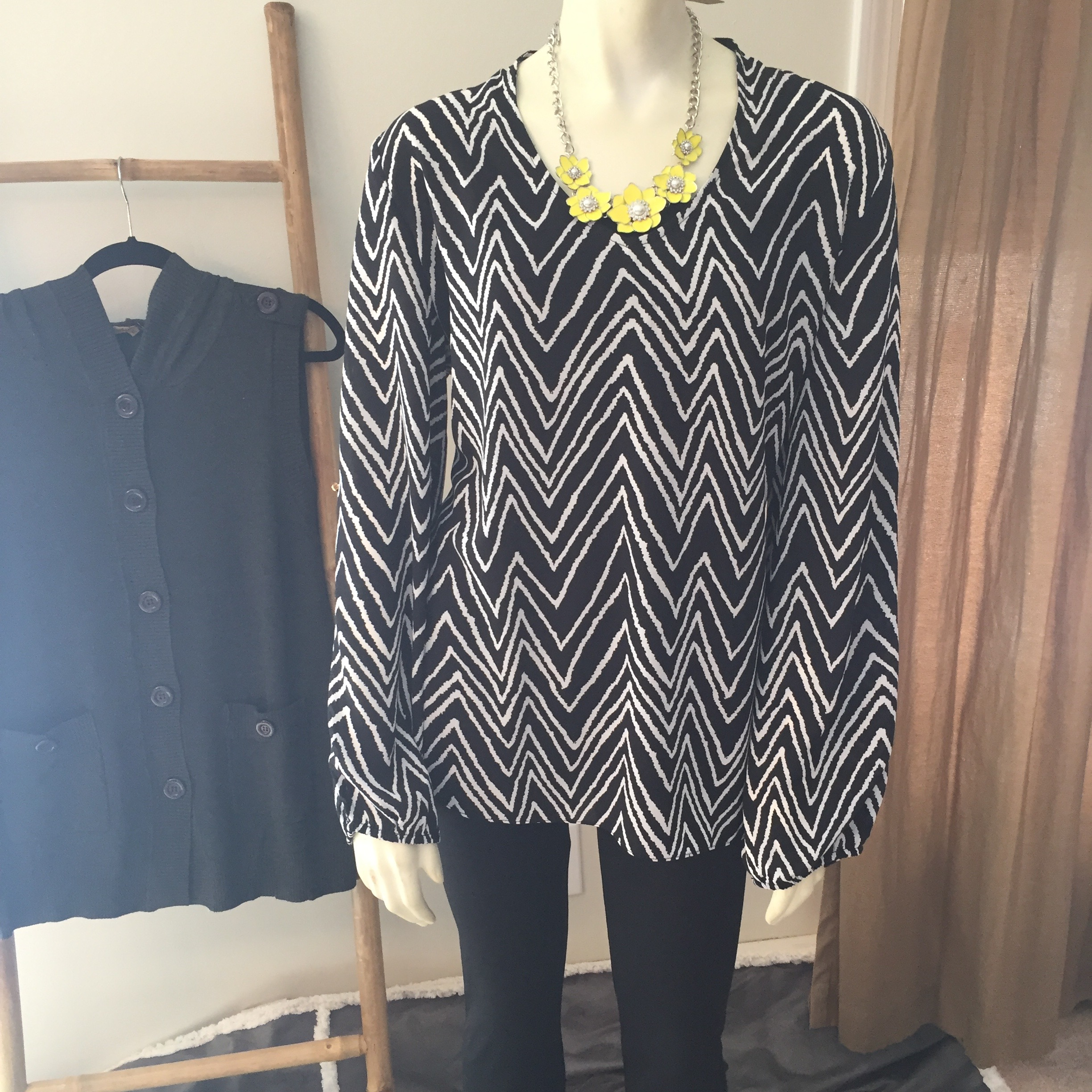 ZigZag Split Sleeve Blouse