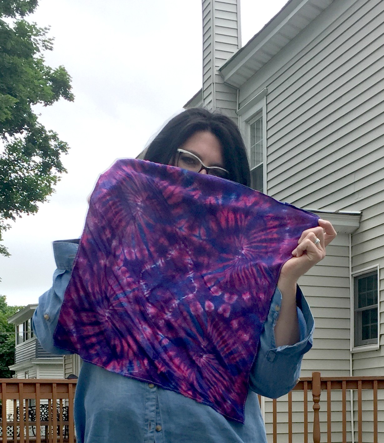 How to Style a Tie Dyed Neckerchief & #SpreadTheKindness Link Up #27