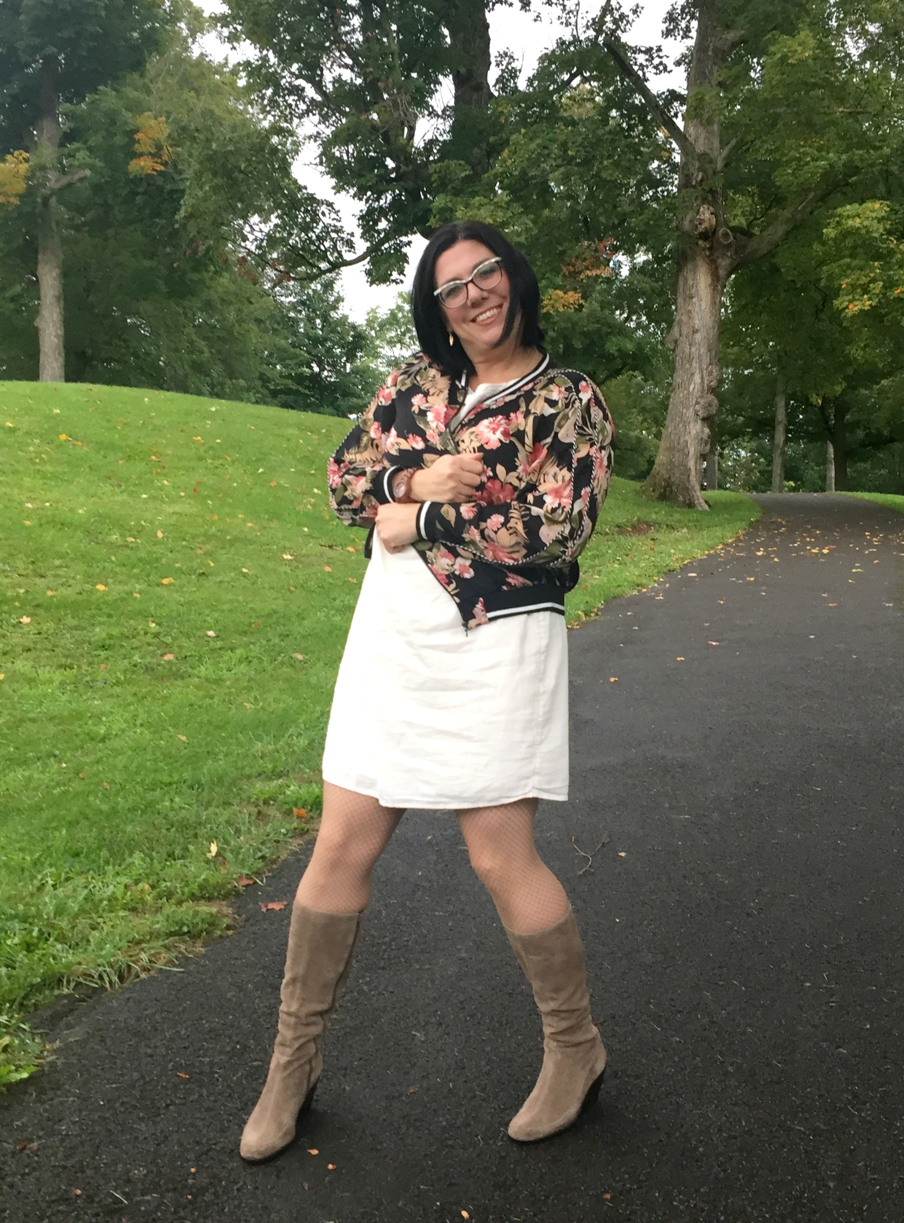 The September Issue: How to Style a Little White Dress for Fall & #SpreadTheKindness Link Up #37