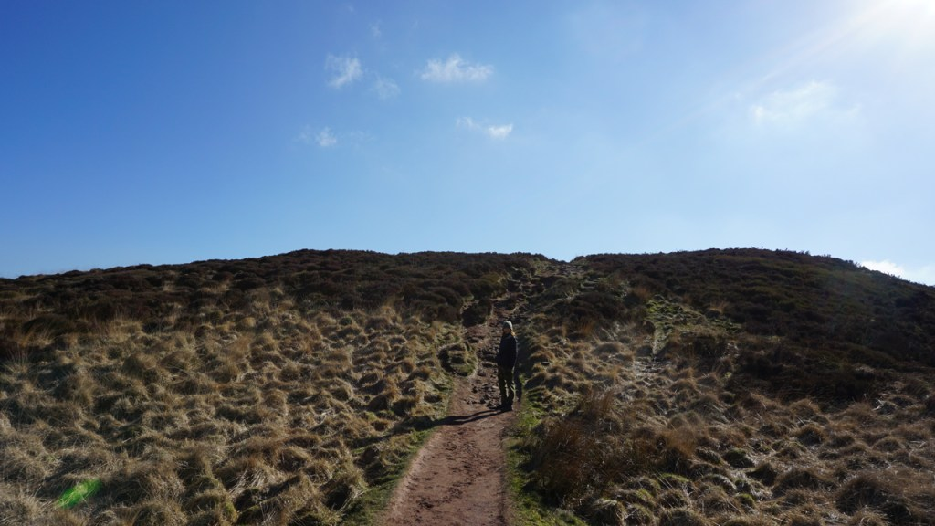The ridge to Roach End