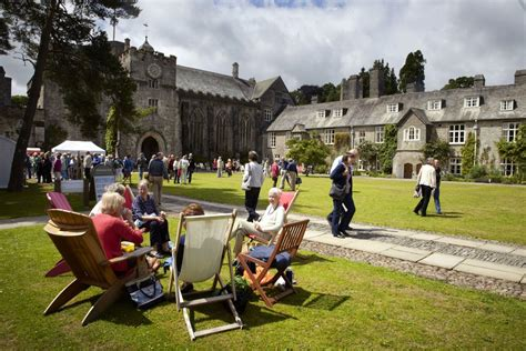 Writers and Readers Gather in Devon