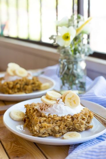 Make-ahead Peanut Butter and Banana Baked Oatmeal breakfast