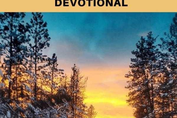 Christian Devotional - worshipping God through brokenness