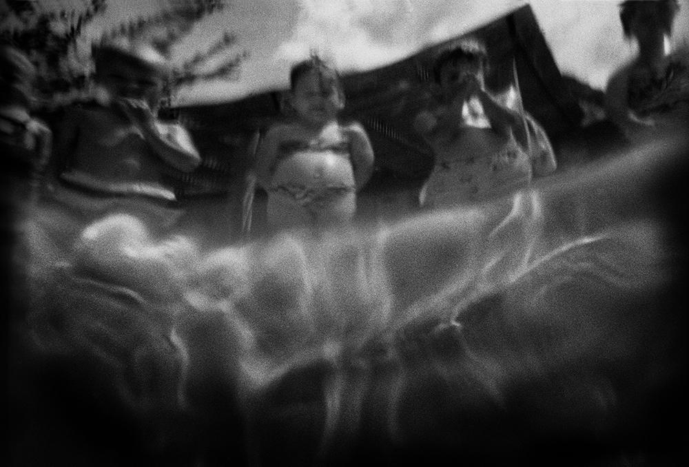 11 am, b/w film, fiber print