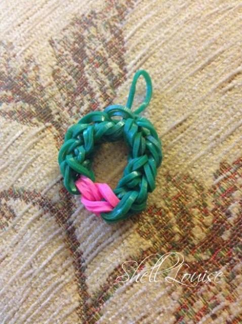 loom bands wreath