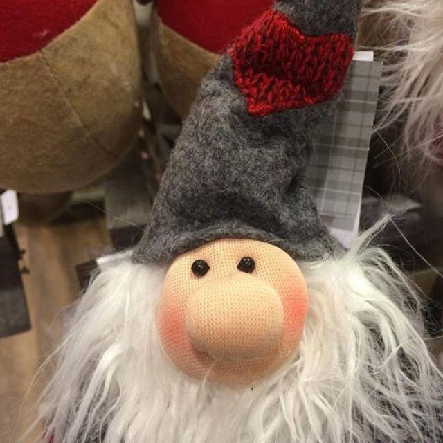 Home Sense Lincoln - Gnome christmas decoration