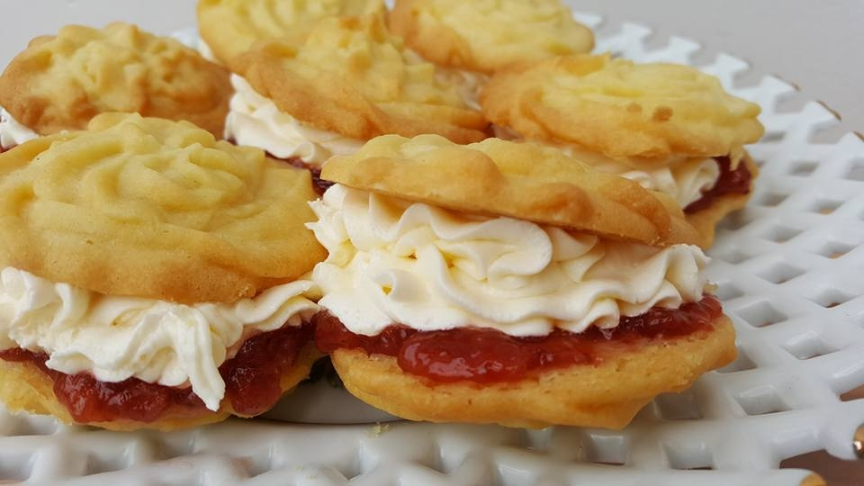 Mary Berry's Viennese Whirls
