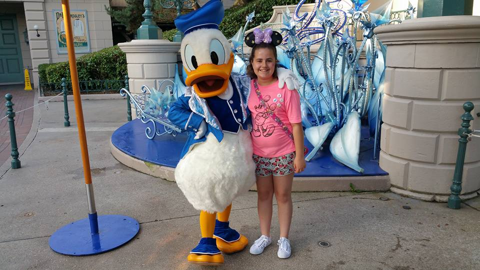 Kaycee and Donald Duck - Disneyland Paris Photos