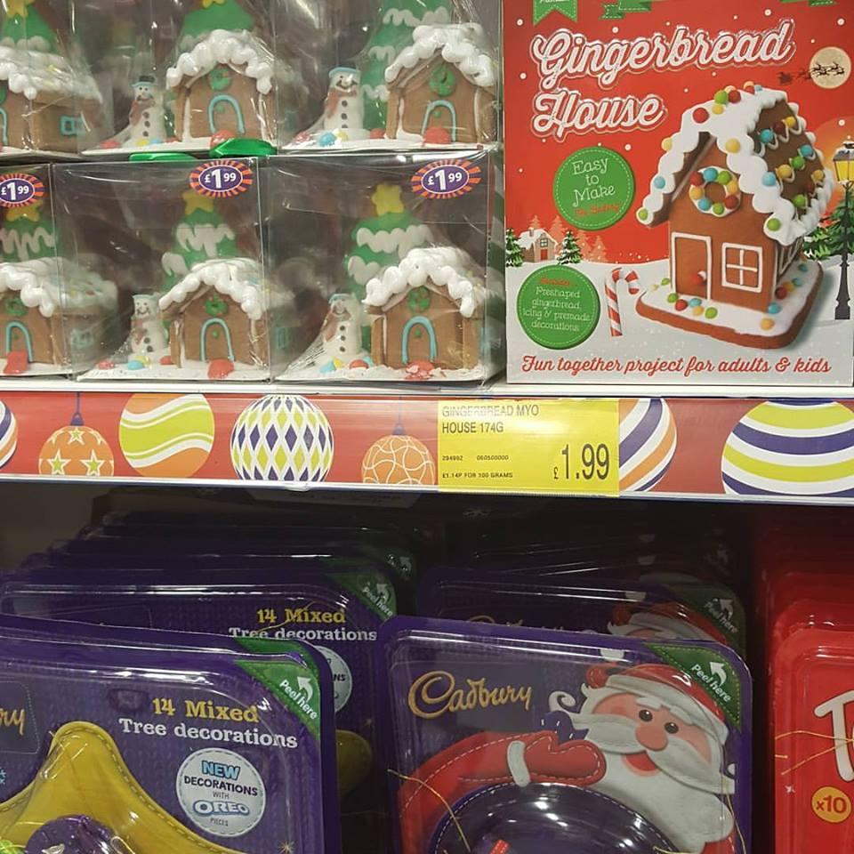 1 day 12 pics November #2 Christmas shopping