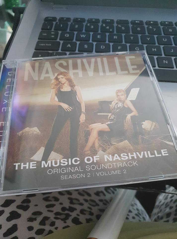 1 day 12 pics number 6 - Nashville cd