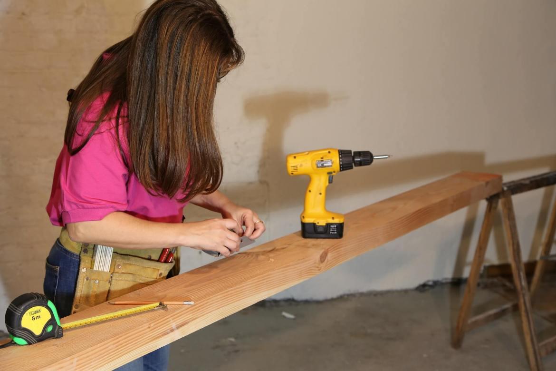 woman doing DIY