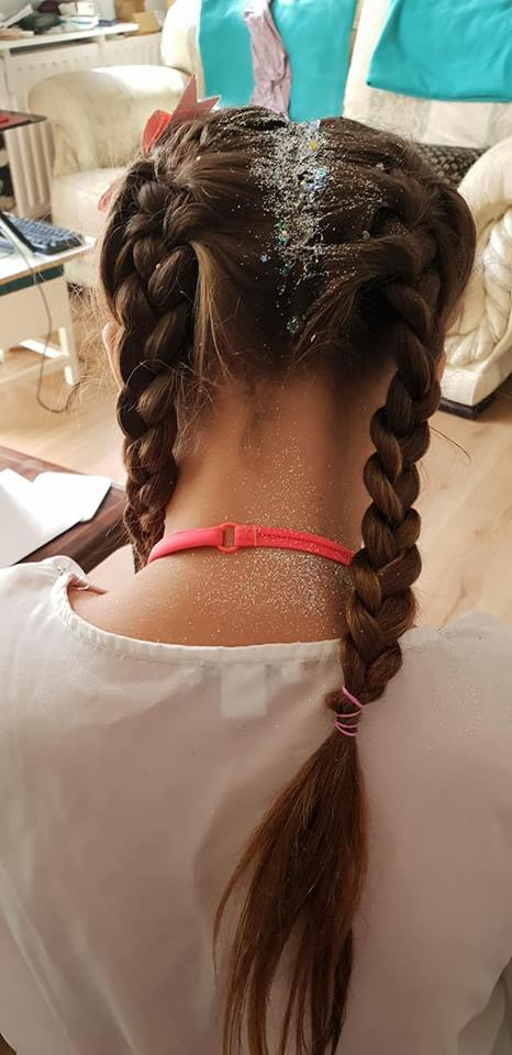glittery hair
