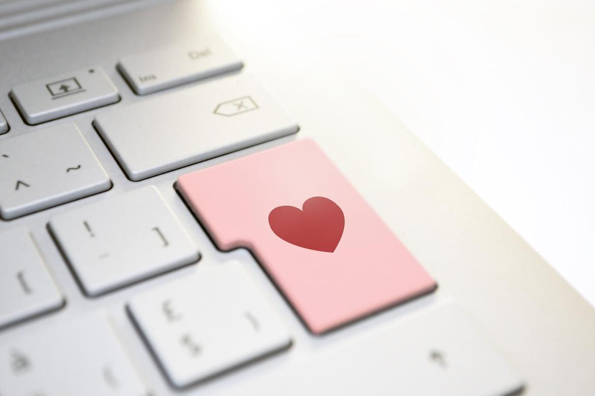 advances in technology - finding love online