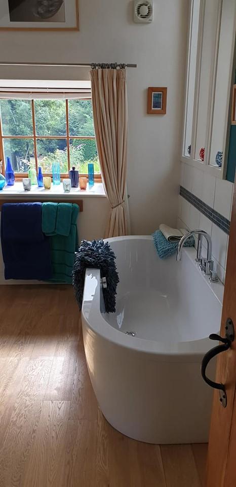 big white bath