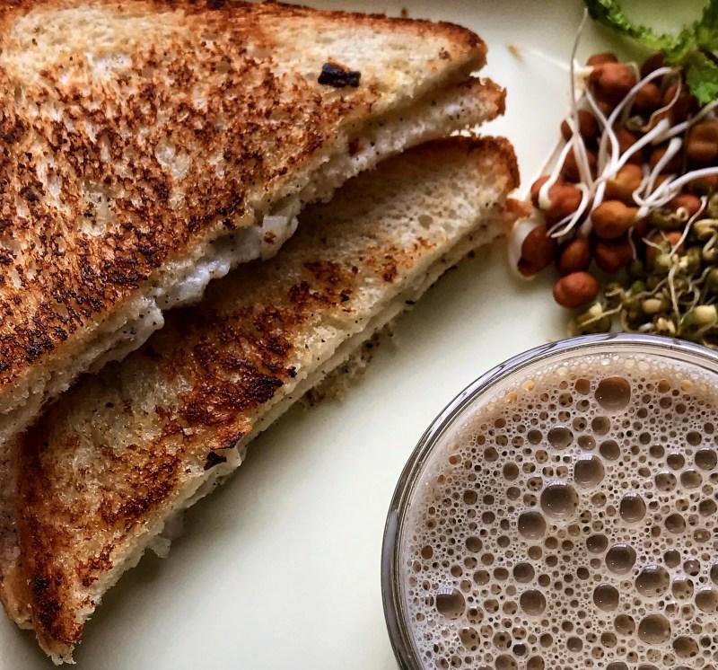 Malai onion sandwich