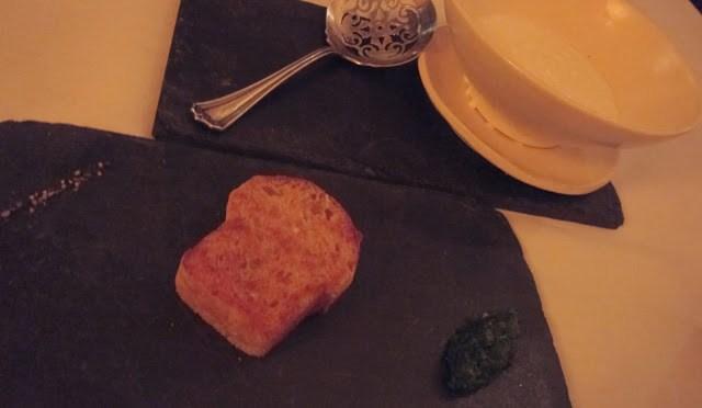 Brioche with a spinach marmalade