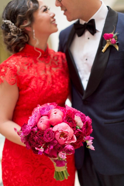 modern chinese bridal bouquet
