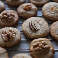spiced tahini cookies