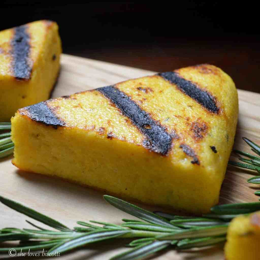 Easy Garlicky Grilled Polenta #SundaySupper