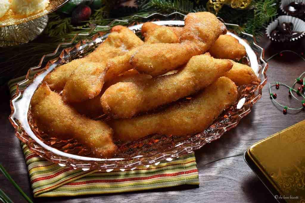 Traditional Molisani Christmas Eve Fritters