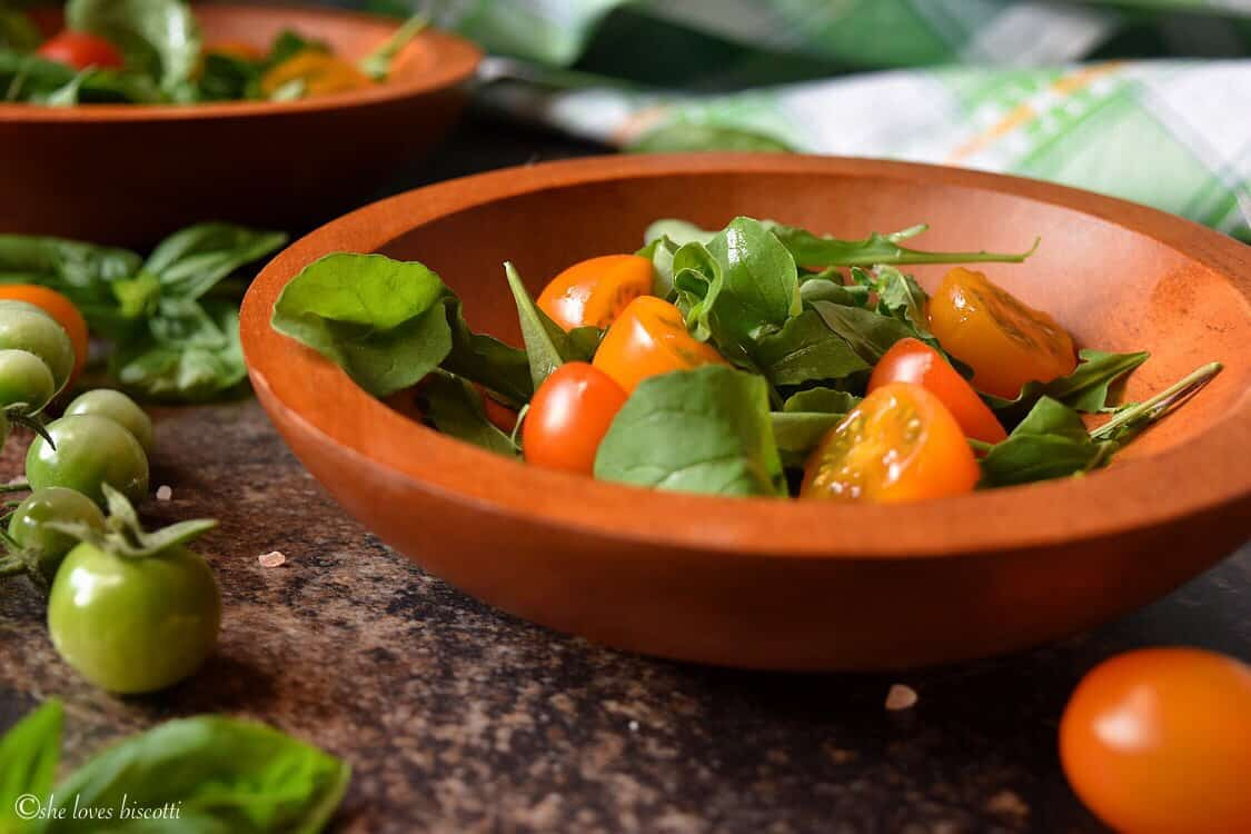 Easy Garden Fresh Cherry Tomato Arugula Salad