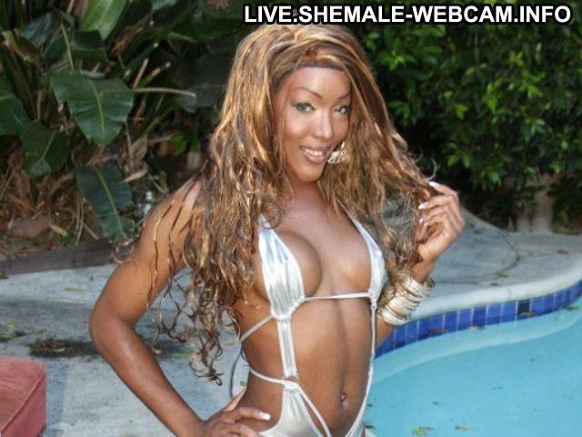 Miss_lovely Kosovar 3 Stars Slender Bisexual Brown Eyes Live